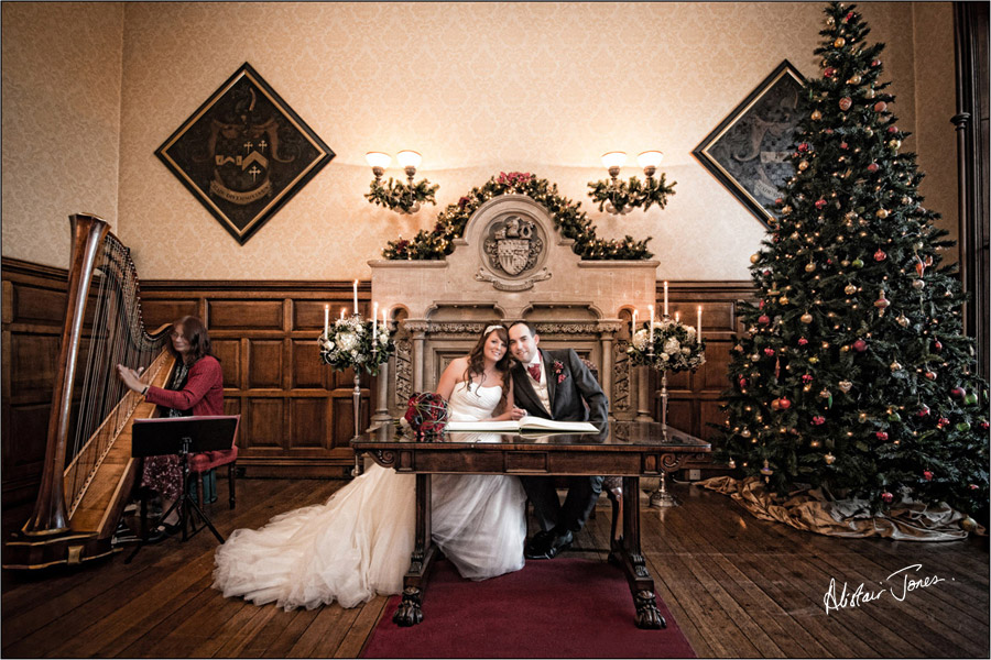 Wedding_photographer_basingstoke_Hampshire_Elvetham_hotel.05
