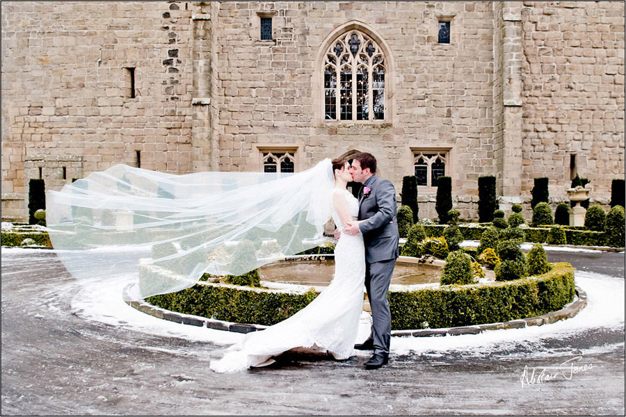 Wedding_photographer_basingstoke_Hampshire_Langley_castle.03