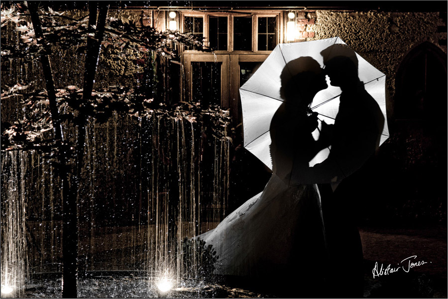 Wedding_photographer_basingstoke_Hampshire_riverval_barn.12