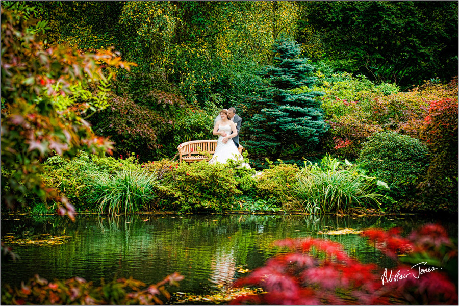 Wedding_photographer_basingstoke_Hampshire_riverval_barn.13
