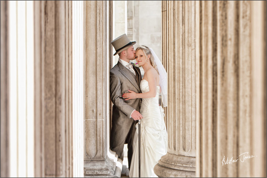 Wedding_photographer_basingstoke_Hampshire_st.pauls_cathedral.03