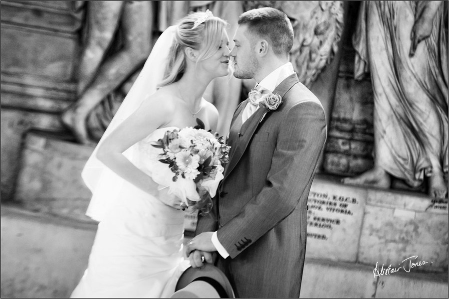 Wedding_photographer_basingstoke_Hampshire_st.pauls_cathedral.05