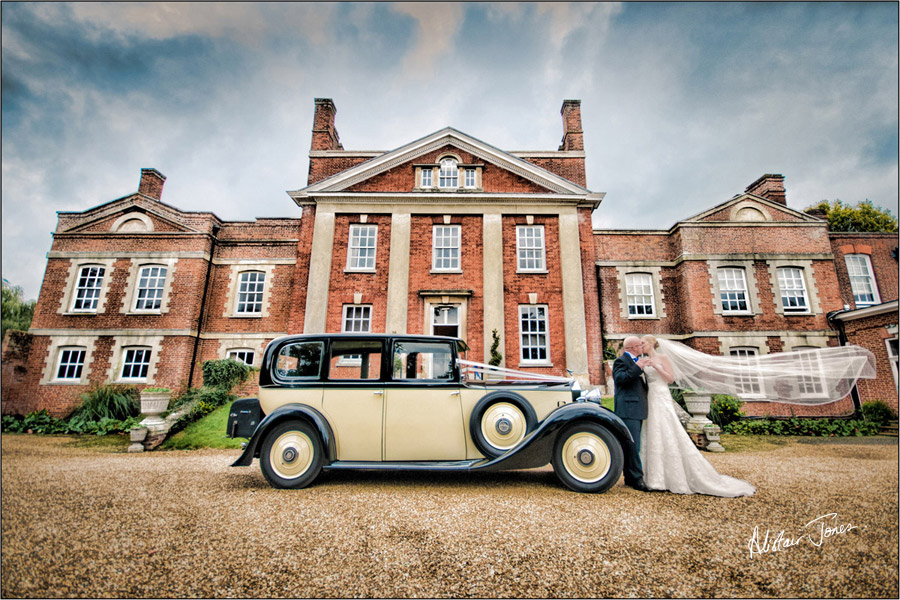Wedding_photographer_basingstoke_Hampshire_warbrook_house.04
